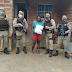 Jussiape-BA: Policiais militares distribuíram cestas básicas para famílias carentes