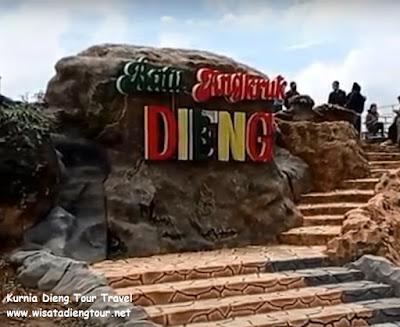 Tugu Batu Angkruk Dieng Wonosobo