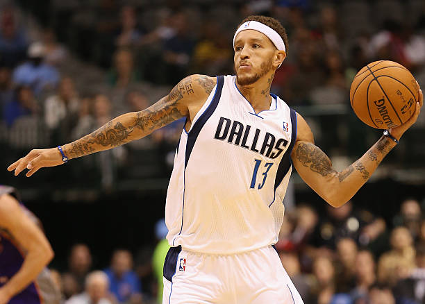 Delonte west a Basketball Player
