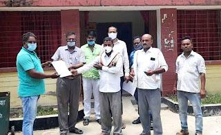 संविदा कर्मचारियों ने किया धरना प्रदर्शन | #NayaSaberaNetwork