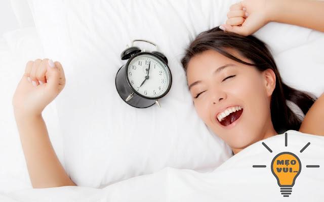 Ngủ đủ giấc và thường xuyên luyện tập thể dục