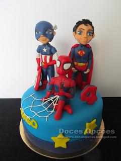 Bolo de aniversário Super Heróis