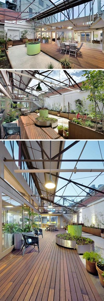 zen-architekten-haben-ein-1960er-lager-in-melbourne-australien-in-ein-komfortables-und-energieeffizientes-familienhaus-umgewandelt-das-das-bestehende-gebaude-so-weit-wie-moglich-wieder-verwendet