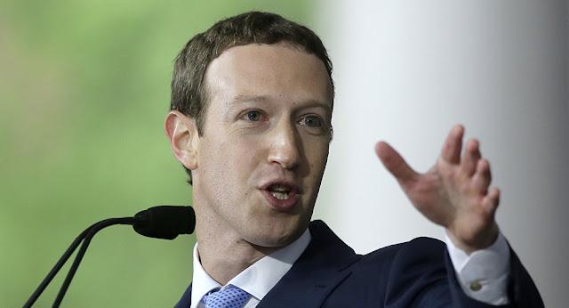 """مارك زوكربيرغ يقترح أن تضع الحكومة أطرا للتحكم في """"المحتوى الضار"""" على """"فيسبوك"""" و""""واتسآب"""""""