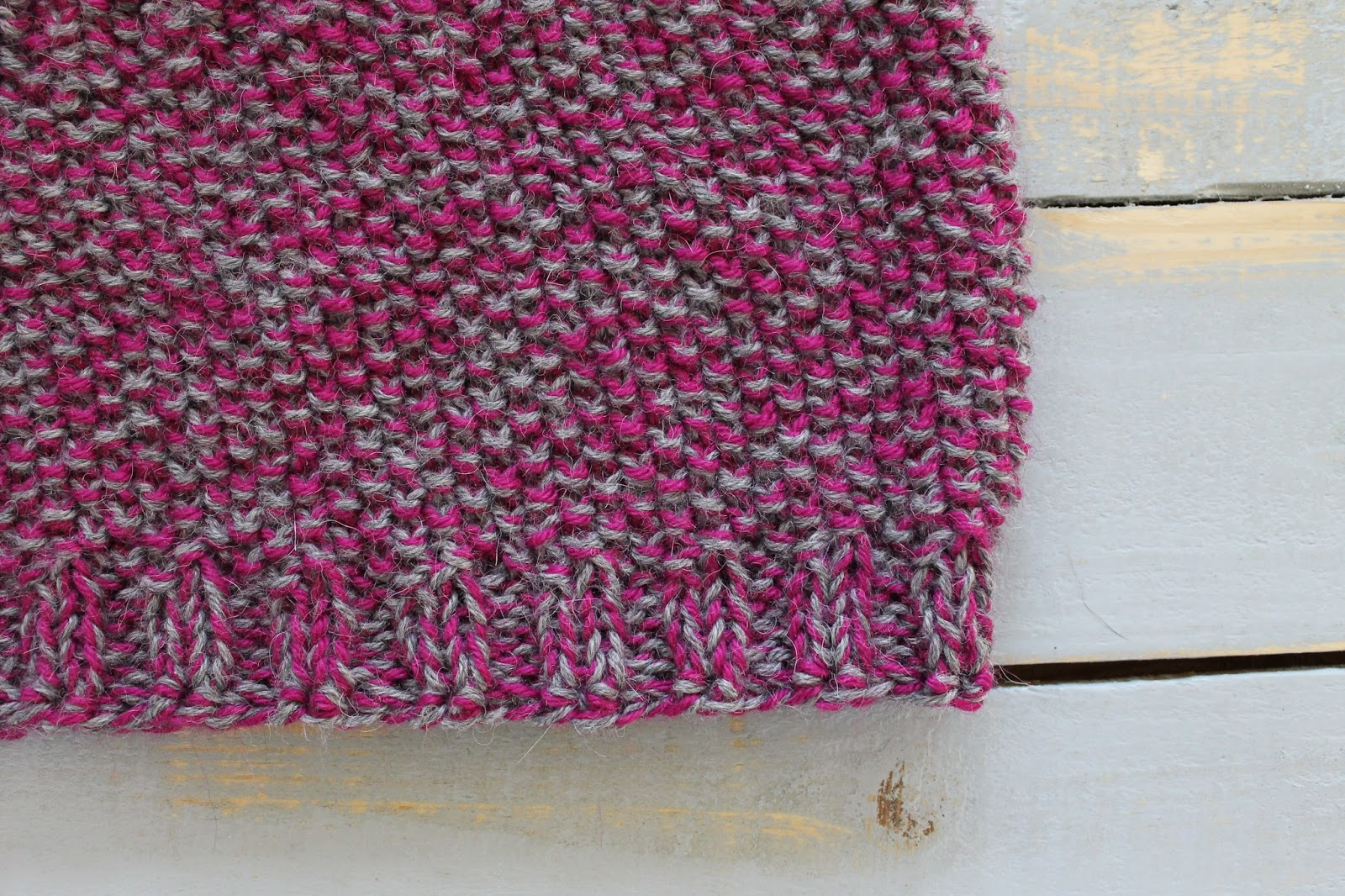 The Feisty Redhead: Free Pattern: Knit Marled Seed Stitch Cowl