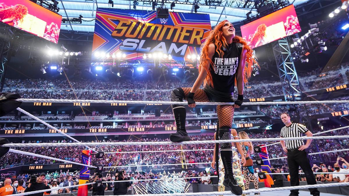 Brock Lesnar e Becky Lynch podem aparecer no Friday Night SmackDown