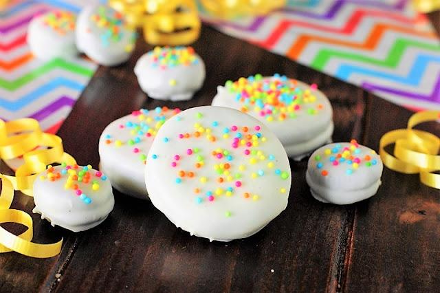 White Chocolate Dipped Oreos with Sprinkles Image