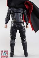 S.H. Figuarts Thor Endgame 10