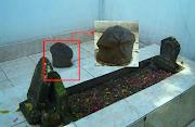 Asal-Usul Watu Celek Pada Area Makam Datuk Pardun