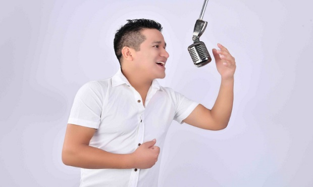 Intérprete peruano Darwin Rey presenta nuevo tema