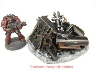 T1594 industrial scrap pile for 25-28mm scale tabletop miniatutre games UniversalTerrain.com - view 1.