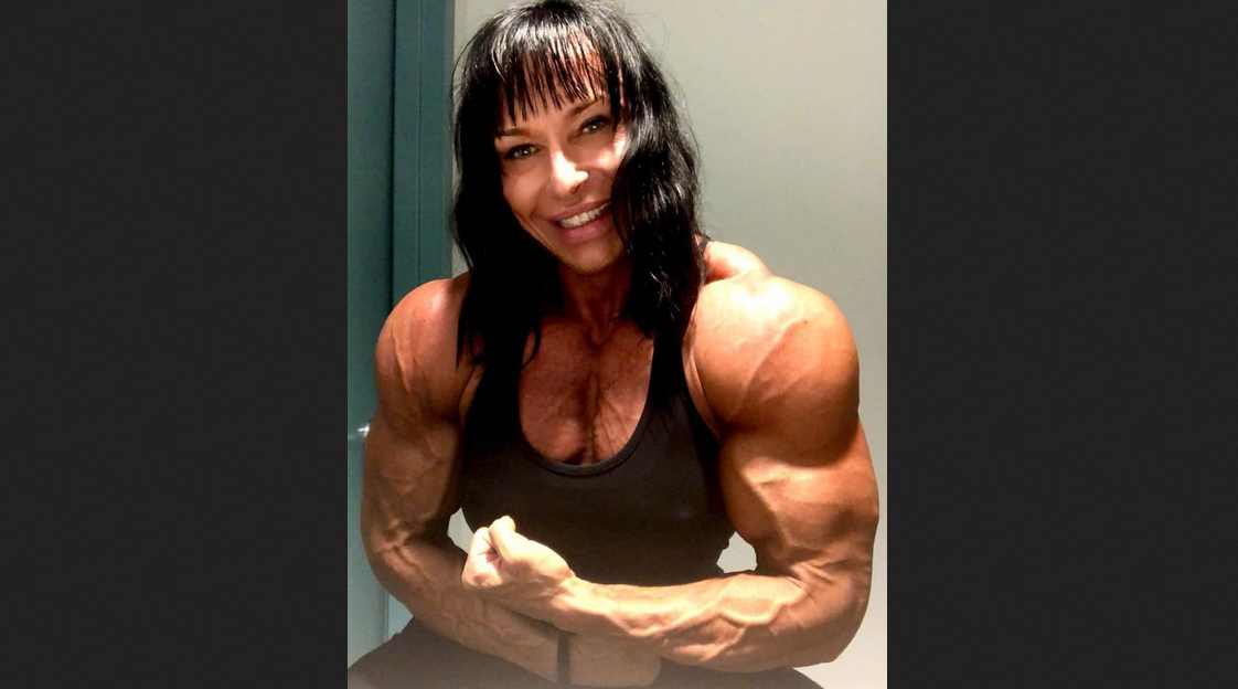 Do Men and Women Need Different Bodybuilding Supplements? What Women Should Avoid