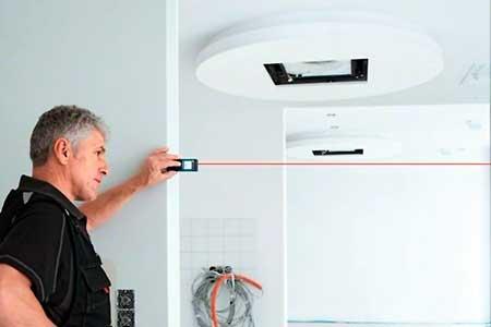 Instalaciones eléctricas residenciales - Midiendo distancias horizontales con telémetro láser