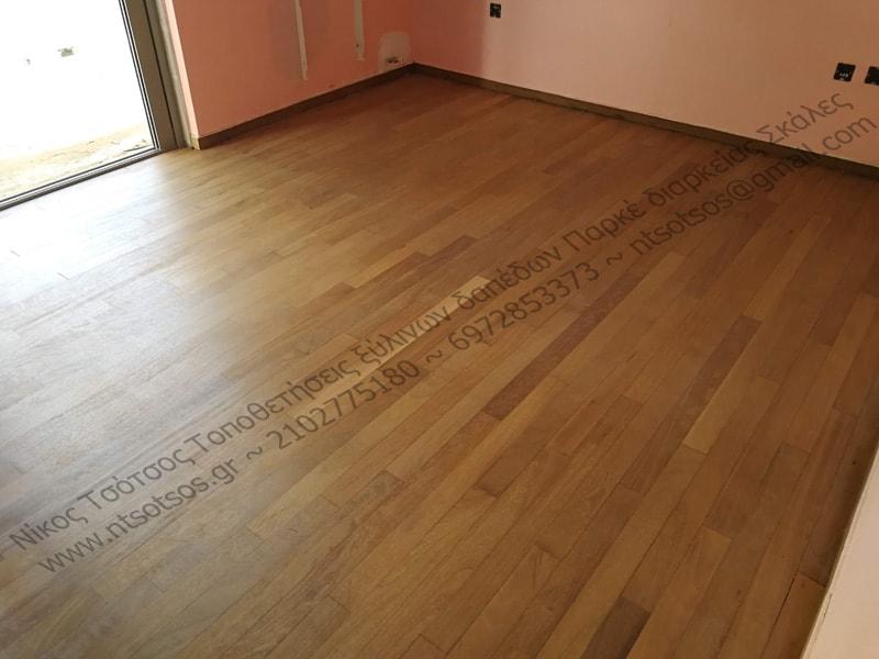 αλλαγή χρώματος σε ιρόκο ξυλινο πάτωμα