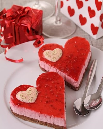 طريقة عمل كيكة عيد الحب