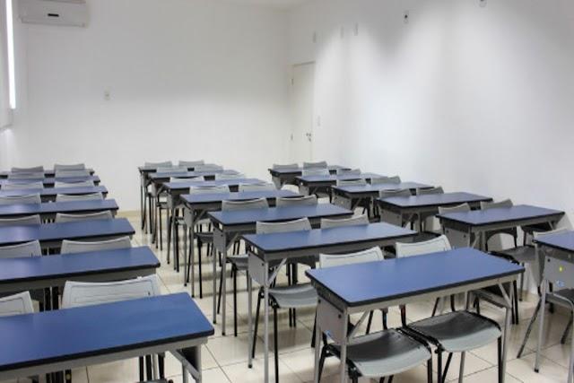 """Aulas on-line nas escolas particulares em Teresina devem ser retomadas nesta segunda-feira(13); presidente do SINEPE-PI descarta redução das mensalidades: """"isso não existe"""""""