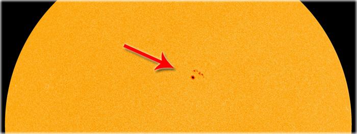 mancha solar AR 2664 de frente com a Terra
