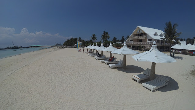 beachfront at Santa Fe Beach Club