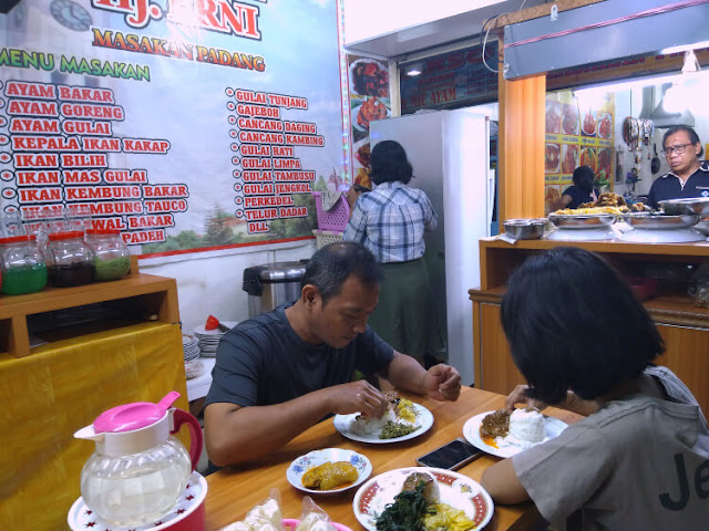 food court pasar senen blok iii