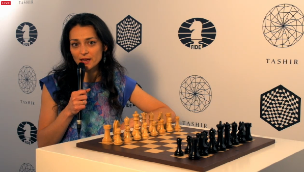Alexandra Kosteniuk commente le tournoi d'échecs de Moscou - Capture du direct © Chess & Strategy