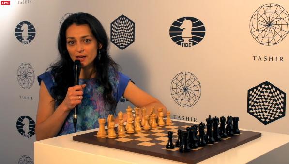 Alexandra Kosteniuk commente le tournoi d'échecs de Moscou - Capture du direct © Chess & Strategy