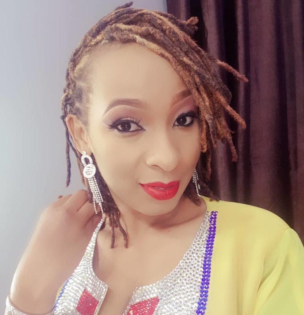 Davina Afuata Nyayo za Wolper na Shilole