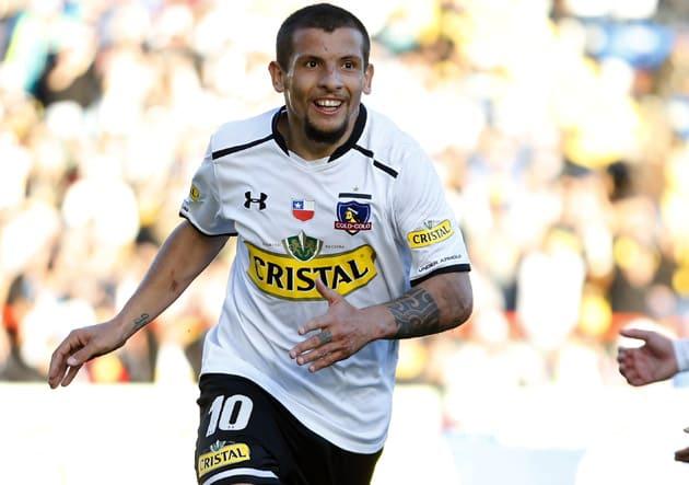 El volante Emiliano Vecchio tiene chances de volver a Central