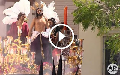 Salida completa de Jesús Despojado (Sevilla 2017) realizada el Domingo de Ramos en la Semana Santa de Sevilla de 2017 desde la Capilla de Molviedro y a los sones de la A.M Virgen de los Reyes