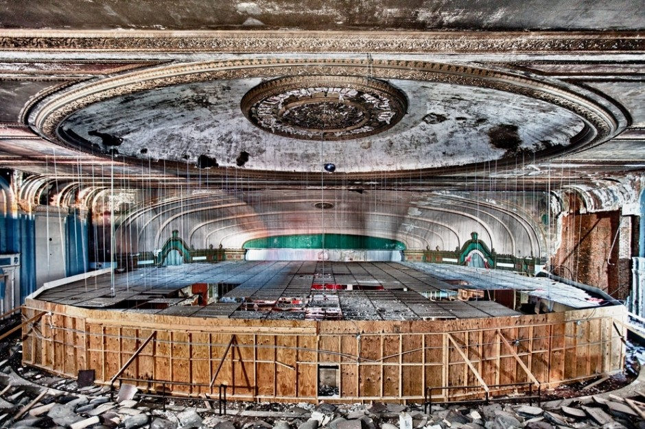Lawndale Theater, Chicago - 30 Abandoned Places that Look Truly Beautiful