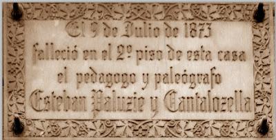 Placa de Homeje póstumo a Esteve Paluzíe i Cantalozella