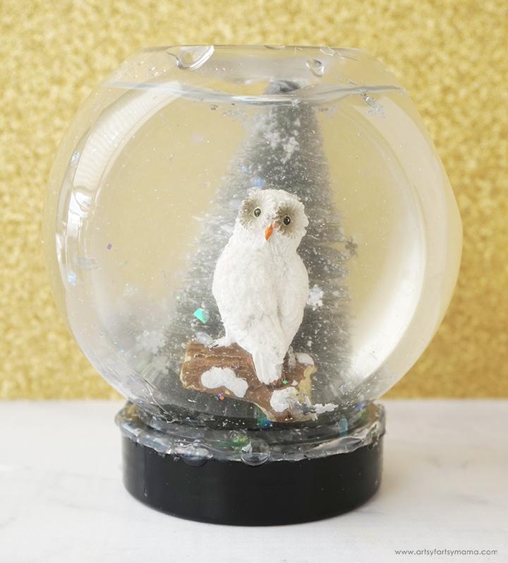 Easy Snow Globes