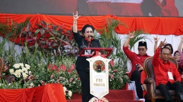 Megawati Diusulkan Diangkat sebagai Pahlawan