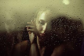Любить нельзя от трудностей бежать