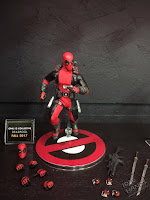 Toy Fair 2017 Mezco One:12 Collective Marvel Comics Deadpool
