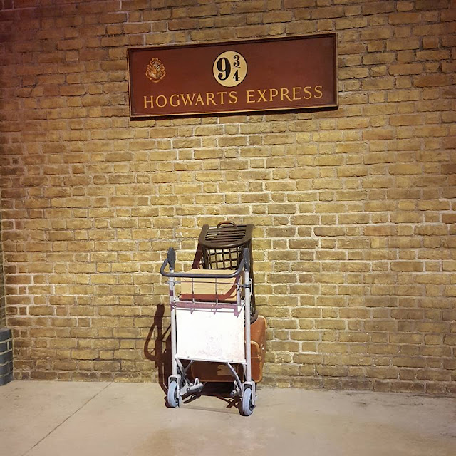 Warner Brothers Studio Tour Platform 9 3/4