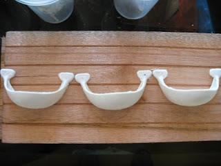Thanh làm tổ bằng gỗ.