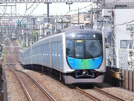 【速報】40050系の急行 渋谷行きが目撃される