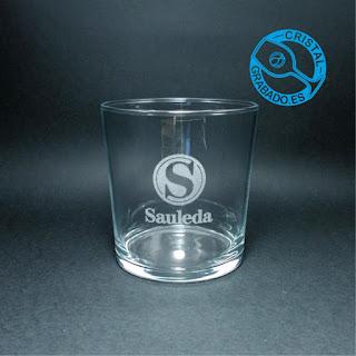 Vaso de agua personalizado con el logotipo de la empresa