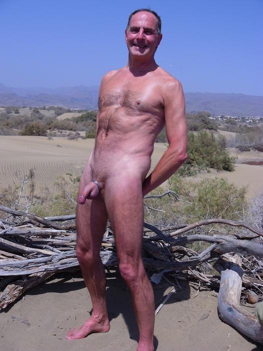 Re: Men Naked Outside