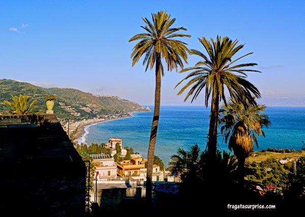 O mar visto de Taormina, Sicília