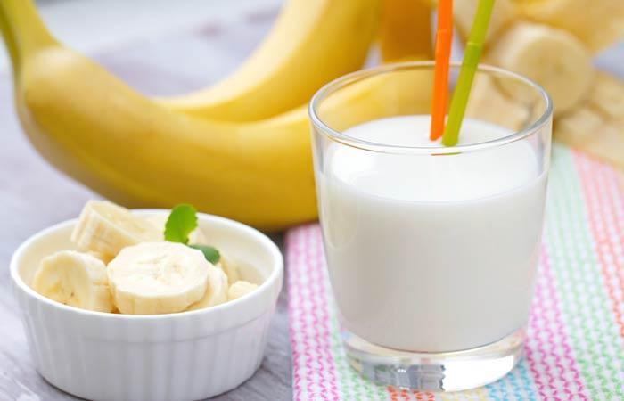 Hausgemachte Conditioner für lockiges Haar - Banana And Milk Haarspülung Sparen