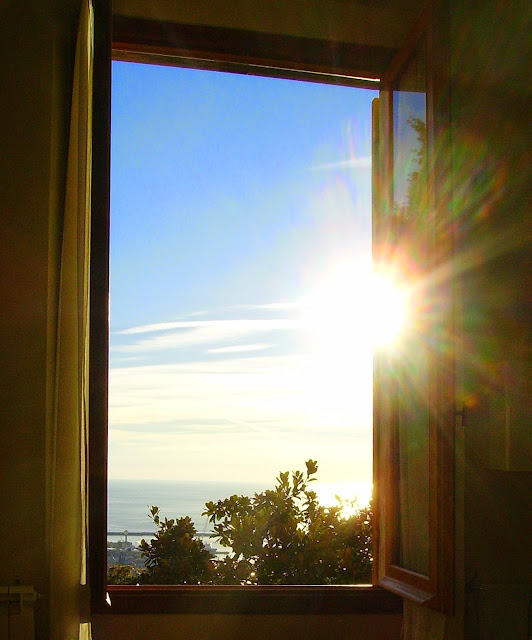 Gocce di rugiada prima di ogni altra cosa - Una finestra sul cielo ...