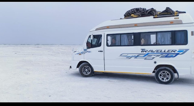 Tempo Traveler in Jaipur