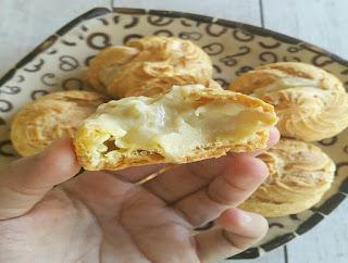 https://rahasia-dapurkita.blogspot.com/2017/11/beginilah-resep-cara-membuat-kue-sus.html