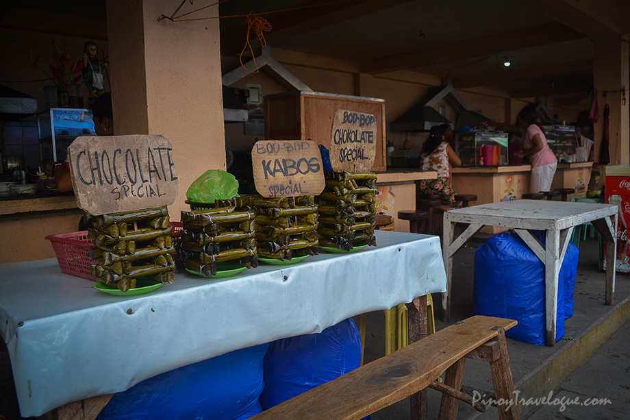 Food stalls at Dumaguete market