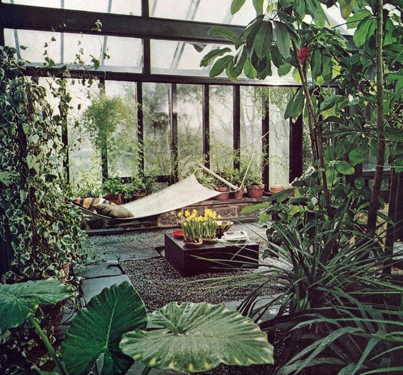 Moon to Moon: Green House: Garden Room Dreaming....