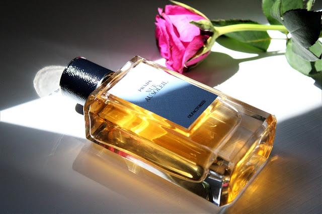 prada olfactories nue au soleil avis, prada olfactories, prada nue au soleil avis, parfum prada nue au soleil, nue au soleil prada, prada nue au soleil eau de parfum, parfum prada, prada parfum, parfum fleur d'oranger, meilleur parfum femme, blog parfum femme, prada perfume