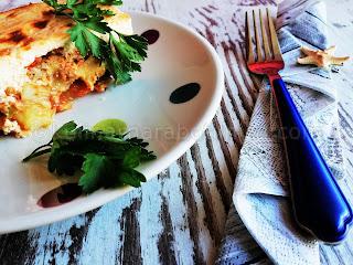 Мусака с картофи и тиквички и заливка с крема сирене - рецепта