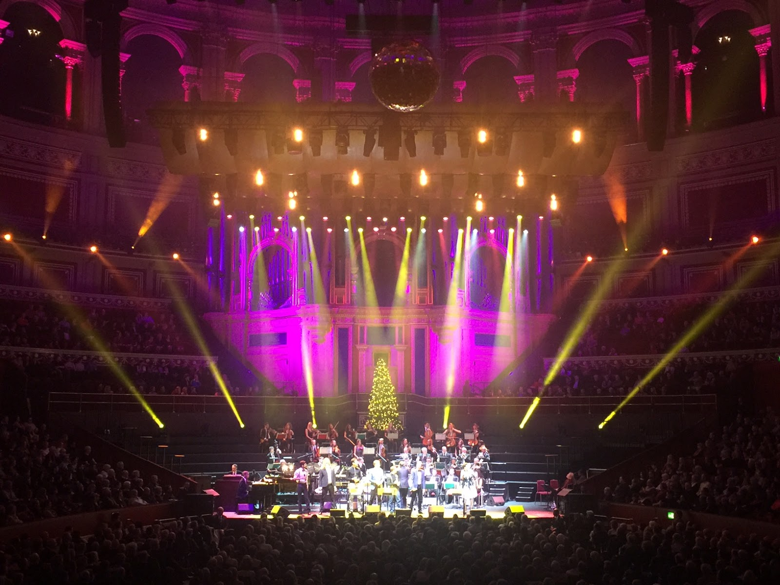 review guy barkers big band christmas at the royal albert hall - Big Band Christmas