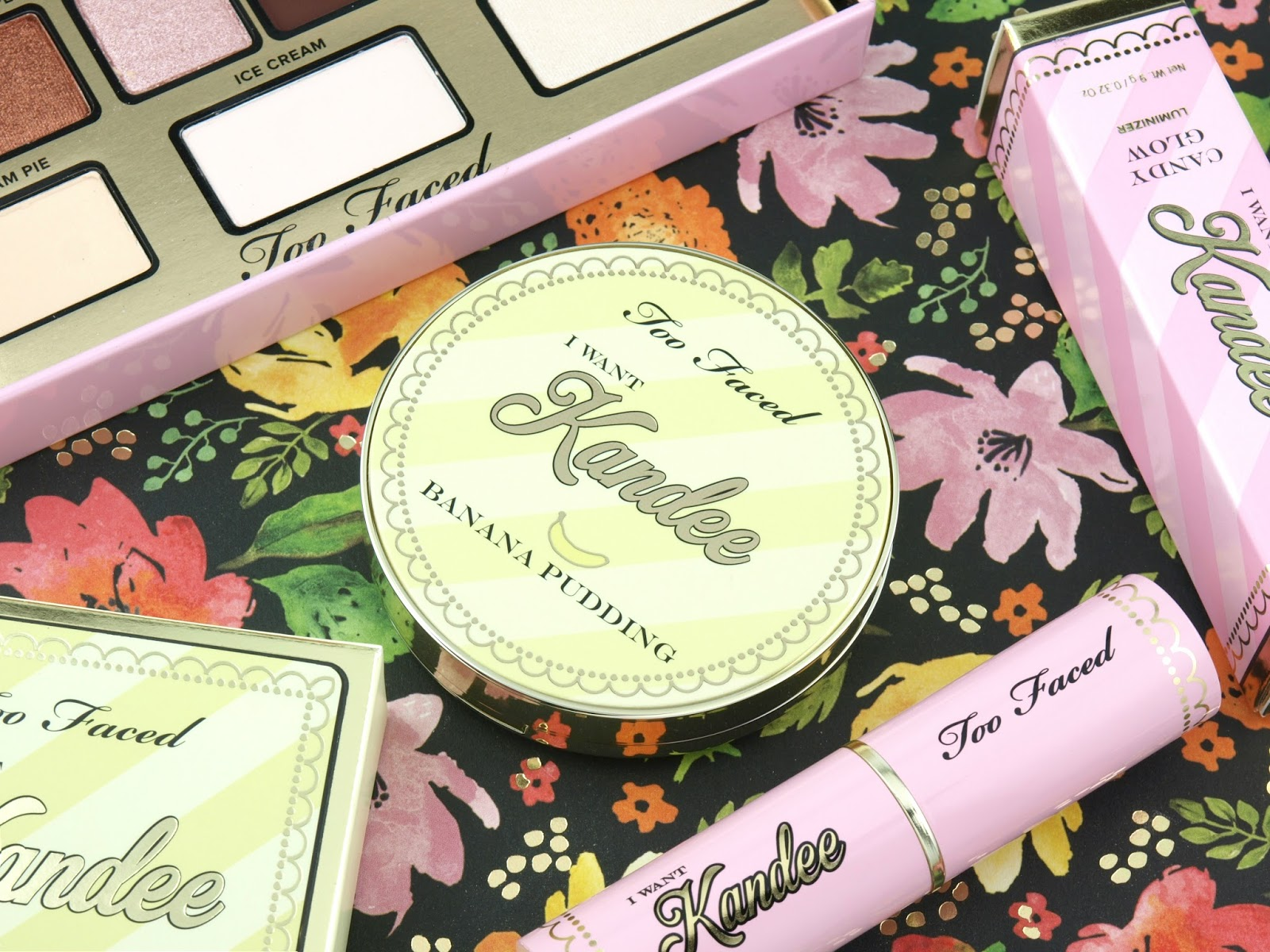 Too Faced x Kandee Johnson | I Want Kandee Banana Pudding Brightening Face Powder: Review and Swatches